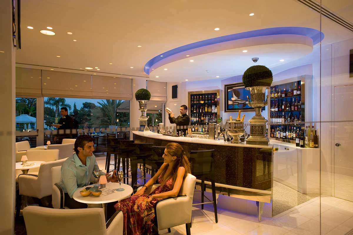Hotel mediterranean beach hotel 4 chypre avec voyages for Toulouse chypre