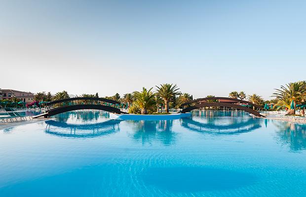 Hotel bord de plage sardaigne