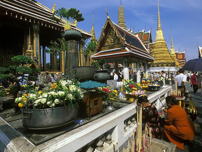 circuit bienvenue au pays du siam thailande avec voyages leclerc nouvelles fronti res ref 273849. Black Bedroom Furniture Sets. Home Design Ideas
