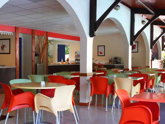 Restauration (Séjours,Hôtel-club)